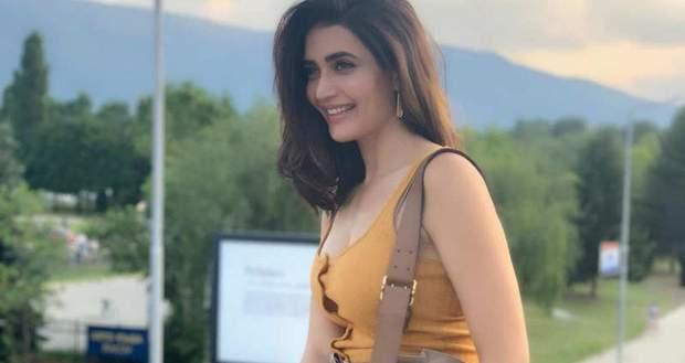 Khatron Ke Khiladi 10 News: Karishma Tanna to get trapped with crawlies