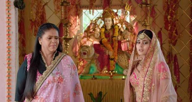 Yeh Rishtey Hain Pyaar Ke Spoilers: Meenakshi's evil plan against Mishti