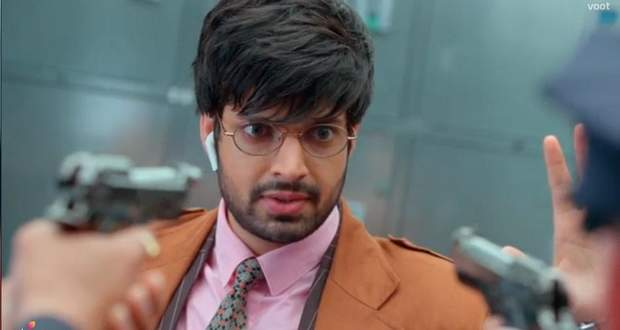 Choti Sardarni Written Update 31st August 2020: Vikram held at gun-point