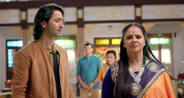 Yeh Rishtey Hain Pyaar Ke Spoiler: Abir to tell Meenakshi about Mishti's state