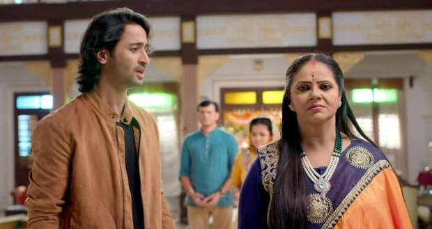 Yeh Rishtey Hain Pyaar Ke Spoiler: Meenakshi & Abir at loggerheads