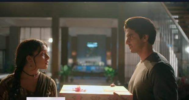 Imli Spoiler Alert: Aditya gives Imlie a gift