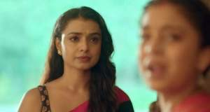 Imli Upcoming Story: Imlie is shattered by Malini's behavior