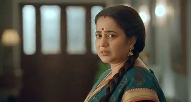 Imli Spoiler: Aparna tells Imlie to not dance with Aditya